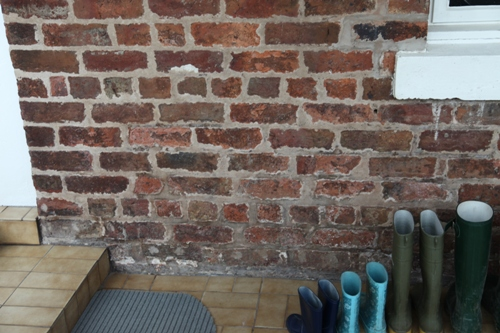 Managing Damp Problems In Old Buildings