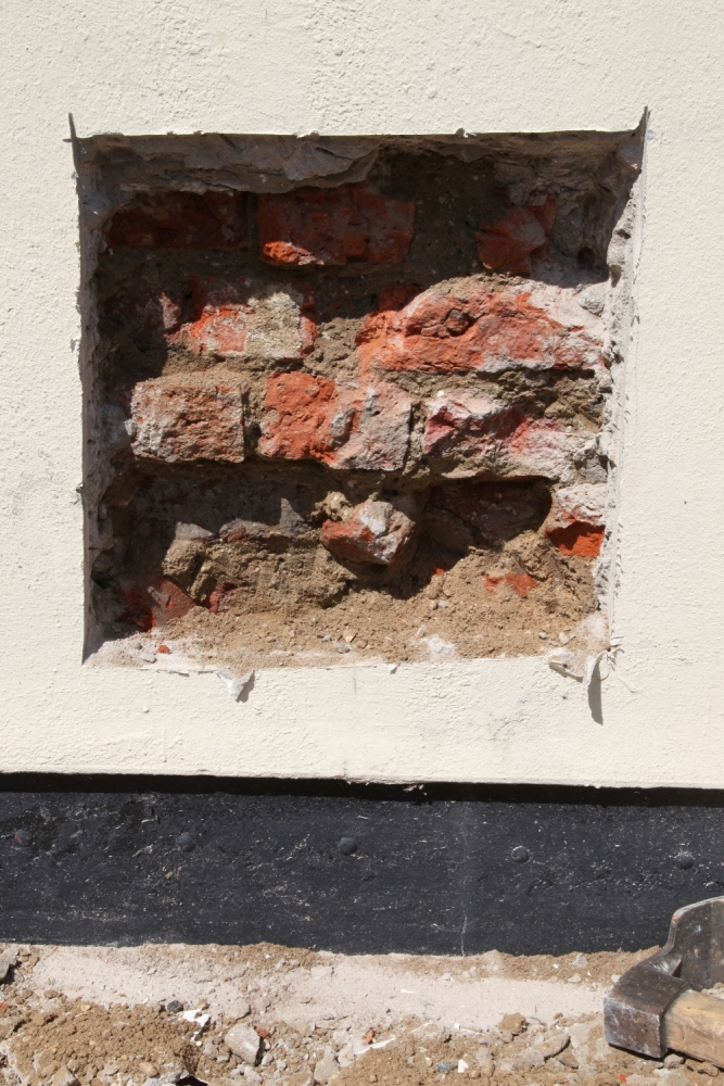 Damp Problems Caused By Cement Render Trapping Water Into